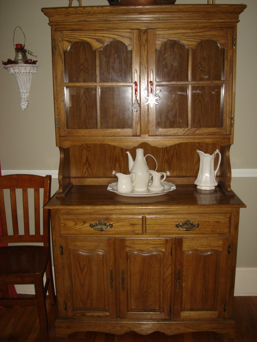 dining room hutch/furniture