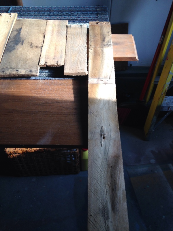 cutting pallet boards