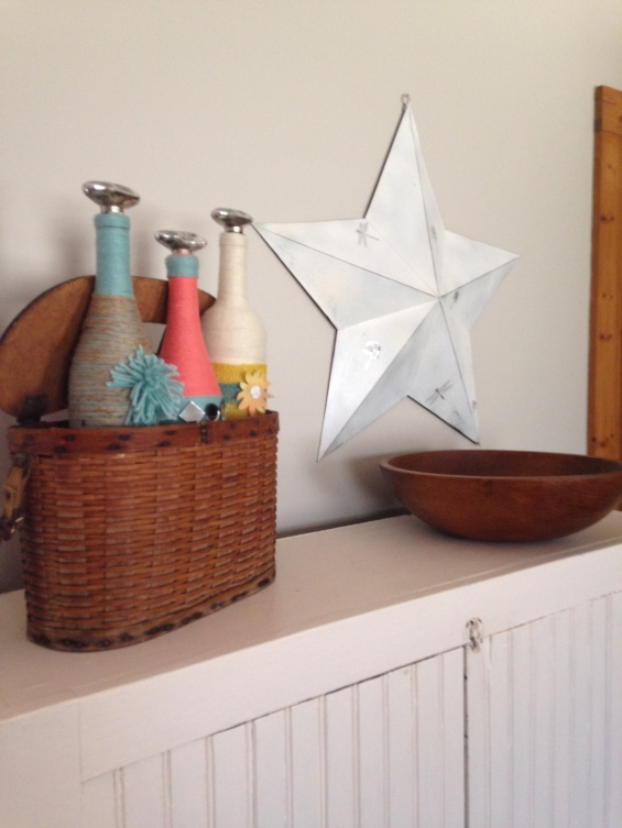 wine bottles and star