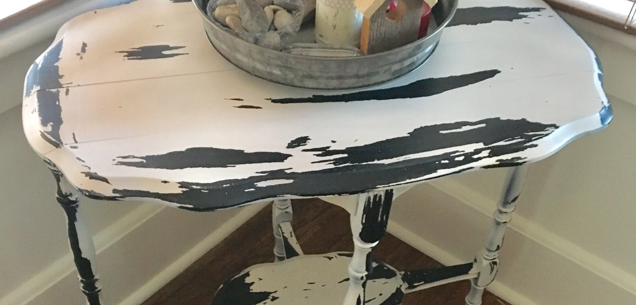 DIY/distressed table/2017
