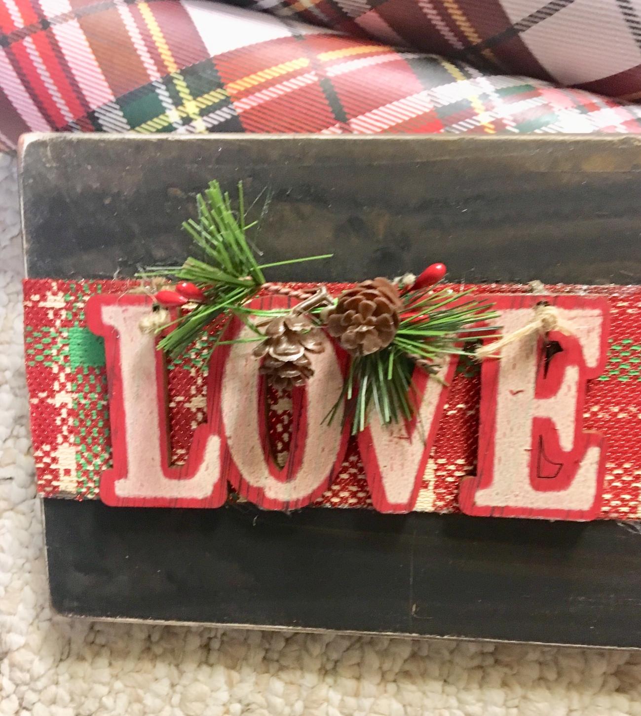 DIY/Christmas sign