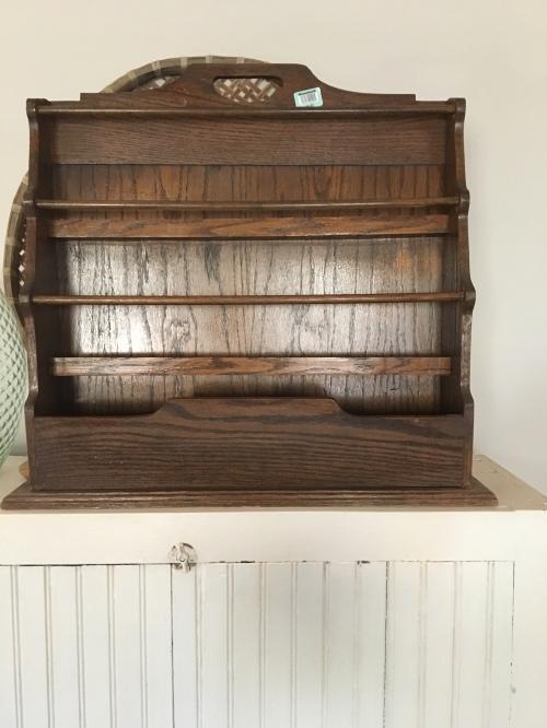 DIY/ wall magazine rack