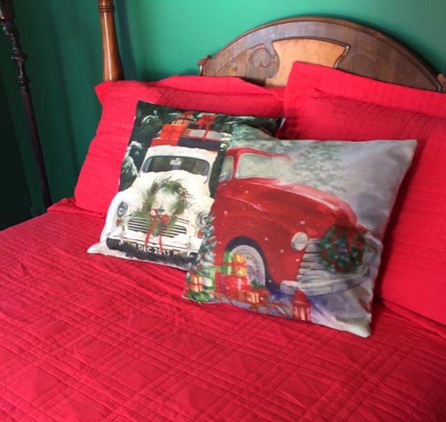Decorating/bedroom