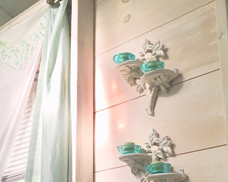 wall scones, decorating, bunkhouse