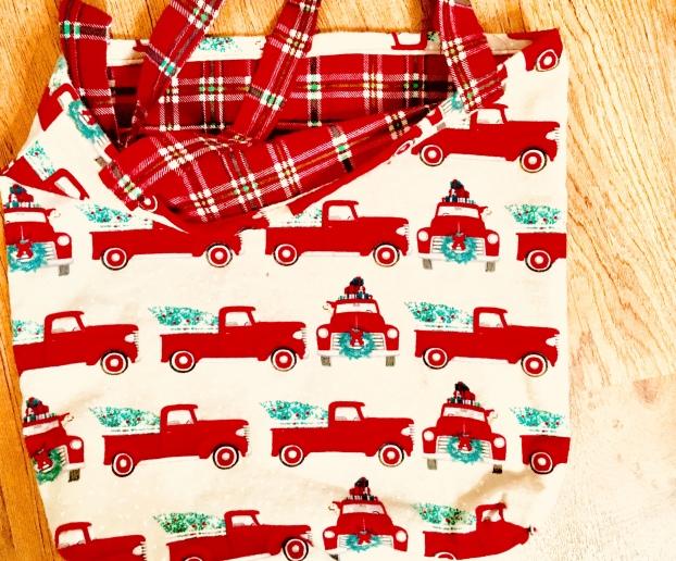Flannel Christmas bags/DIY