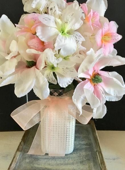 DIY/floral arrangement